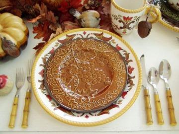 Осенние мотивы–сервировка стола