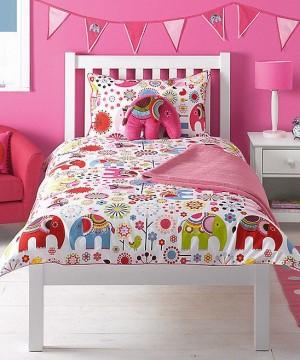 Розовый слон в детской